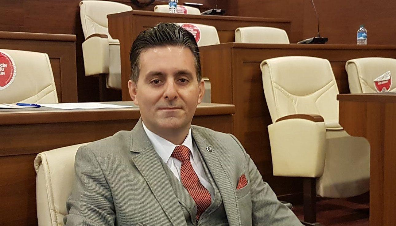 Topal'a Bağımsiz Meclis Üyesinden Destek