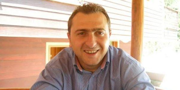 Ahmet KADI: OrhanTOPAL Rol Modelimizdi